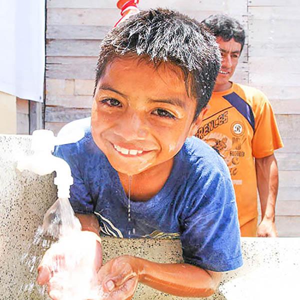 Arriba Perú, Los Ángeles, Rasuhuillca, Domingo Nieto, Berlín y Calle s/n cuentan con agua potable y alcantarillado