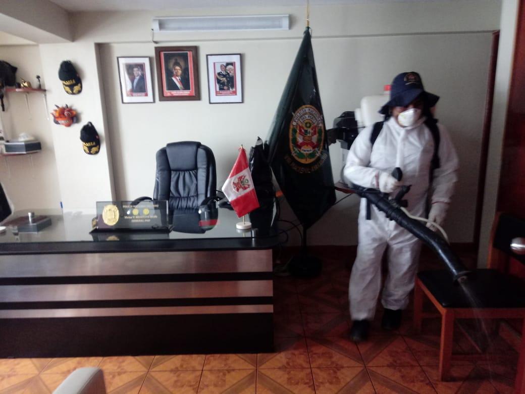Municipalidad de Humanga fumiga y desinfecta comisarías