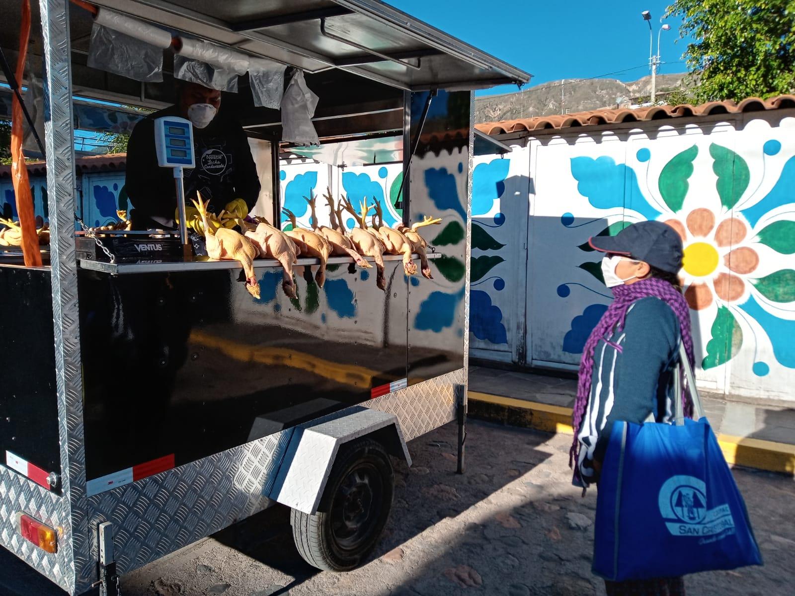 """Municipalidad de Huamanga dio inicio al """"Mercado en tu casa"""""""