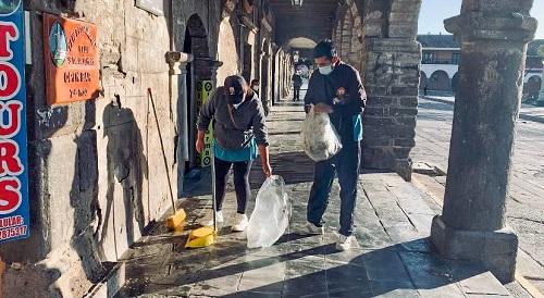 Trabajadores de la Municipalidad de Huamanga realizan jornada de limpieza